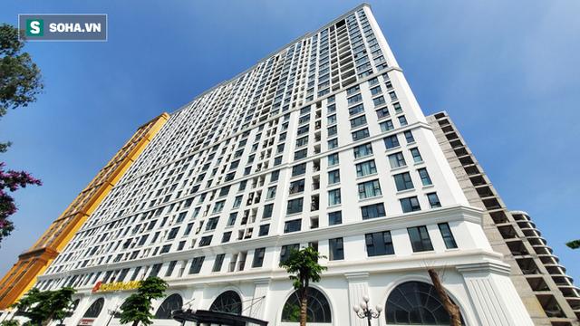 Ngắm tòa nhà dát vàng 24K từ chân đến nóc khủng nhất Hà Nội đang hoàn thiện - Ảnh 11.