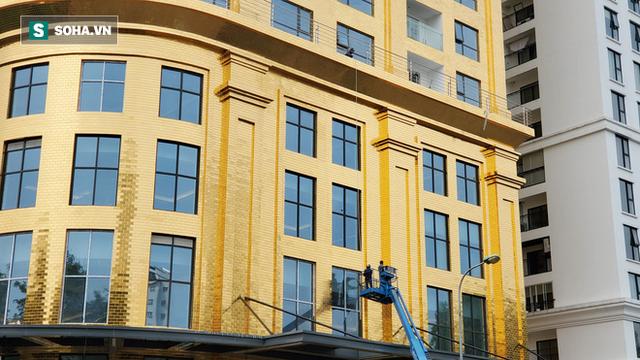 Ngắm tòa nhà dát vàng 24K từ chân đến nóc khủng nhất Hà Nội đang hoàn thiện - Ảnh 5.