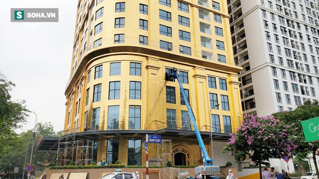 Ngắm tòa nhà dát vàng 24K từ chân đến nóc khủng nhất Hà Nội đang hoàn thiện - Ảnh 10.