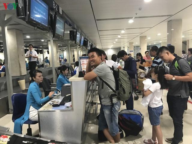 Tăng trần giá vé có làm vé máy bay tăng giá? - Ảnh 2.