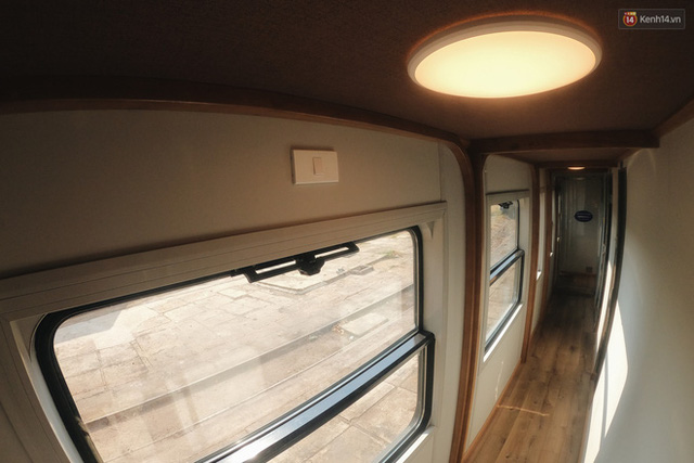 Cận cảnh toa tàu lửa có quầy bar và ghế massage thư giãn đầu tiên ở Việt Nam sắp đón khách - Ảnh 3.