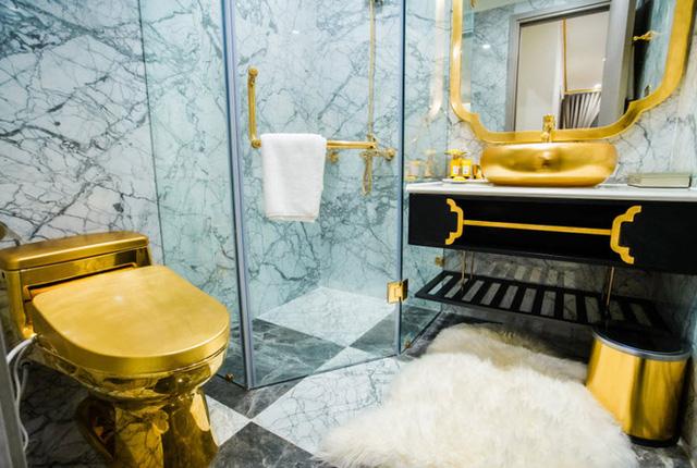Cận cảnh căn hộ ở Hà Nội được dát vàng, giá siêu đắt 150 triệu đồng/m2 - Ảnh 7.