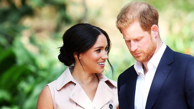Bị mang tiếng là dụ dỗ Harry rời khỏi hoàng gia, Meghan Markle có thực sự đáng bị đổ lỗi như vậy? - Ảnh 1.