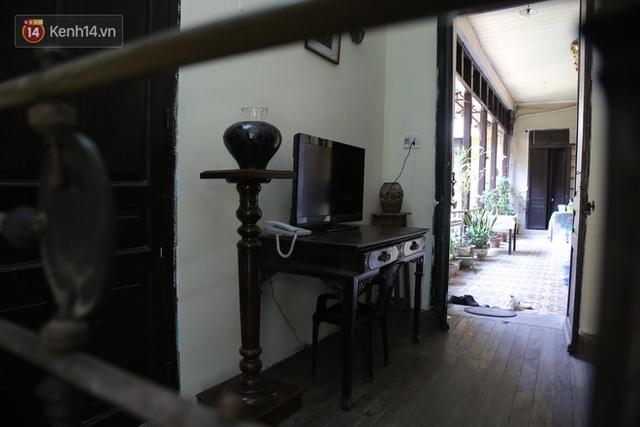 Ngắm ngôi biệt thự 800m2 của đại gia giàu nhất phố cổ Hà Nội một thời, từng xuất hiện trên nhiều bộ phim nổi tiếng - Ảnh 13.