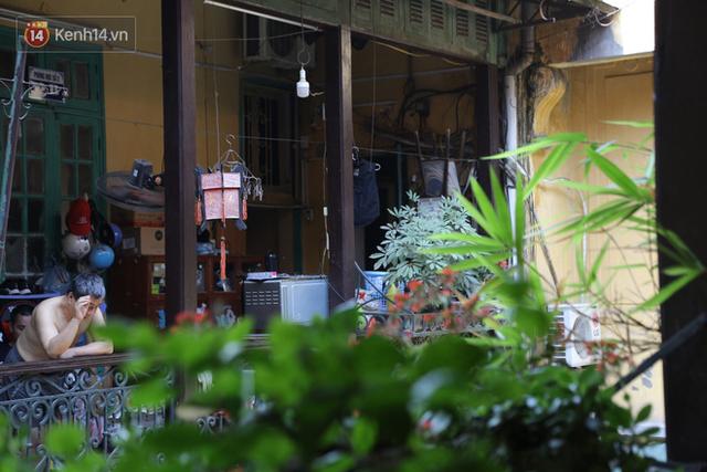 Ngắm ngôi biệt thự 800m2 của đại gia giàu nhất phố cổ Hà Nội một thời, từng xuất hiện trên nhiều bộ phim nổi tiếng - Ảnh 17.