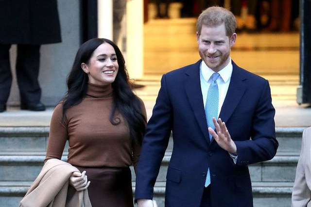 Vợ chồng Meghan Markle sẽ không quay lại hoàng gia Anh sau 1 năm thử nghiệm cuộc sống mới - Ảnh 1.