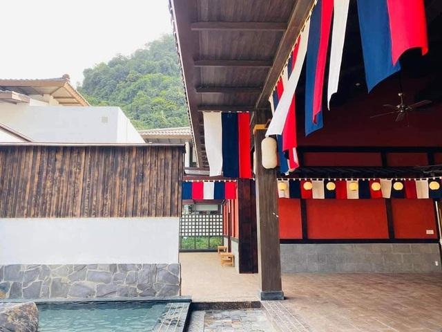 Quảng Ninh lại gây sốt với khu suối khoáng nóng đẹp như hoàng cung Nhật, giá vé không hề rẻ nhưng cực gây tò mò bởi khu tắm tiên có 1-0-2 - Ảnh 12.