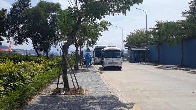 Để đẩy nhanh tiến độ HRC ra mắt vào tháng 9 tới, Hòa Phát chi 200.000 USD thuê máy bay đưa 15 chuyên gia của Danieli đến Dung Quất - Ảnh 2.