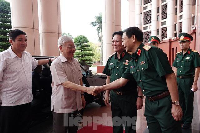 Tổng Bí thư Nguyễn Phú Trọng: Không che giấu khuyết điểm, chạy theo thành tích - Ảnh 3.