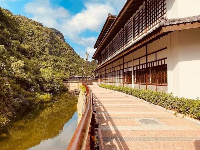 Quảng Ninh lại gây sốt với khu suối khoáng nóng đẹp như hoàng cung Nhật, giá vé không hề rẻ nhưng cực gây tò mò bởi khu tắm tiên có 1-0-2 - Ảnh 7.
