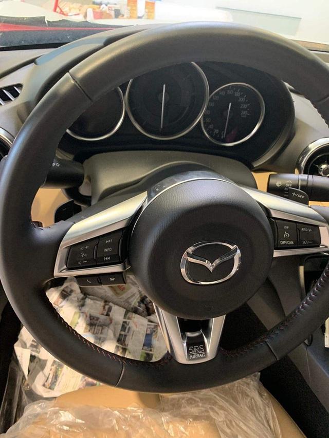 Xế độc Mazda MX-5 2020 chuẩn bị về Việt Nam: Giá ngang Mercedes C-Class, dẫn động cầu sau - Ảnh 7.