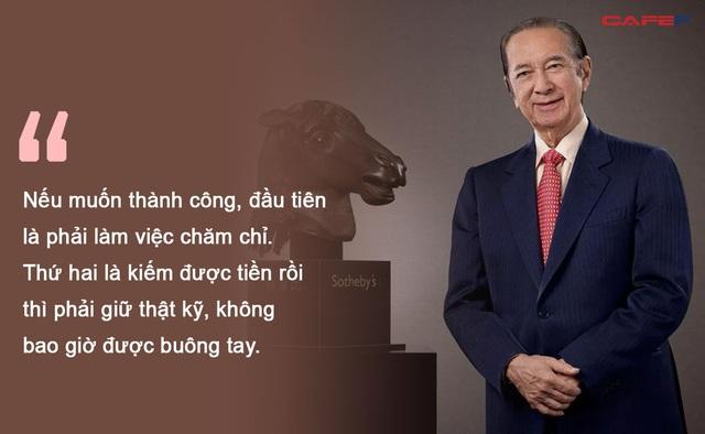 Cuộc đời khiến ai cũng phải nể phục của Vua sòng bạc Macau Hà Hồng Sân : Khởi nghiệp với 10 đô la, làm giàu với bí quyết không bao giờ chậm trả nợ ngân hàng - Ảnh 2.