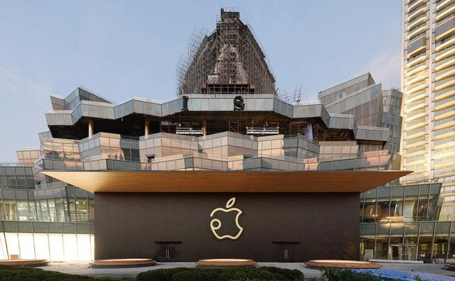CNBC: Dù Mỹ nhắm vào Huawei, Trung Quốc cũng sẽ không dễ dàng buông tay để Apple sang Việt Nam - Ảnh 2.