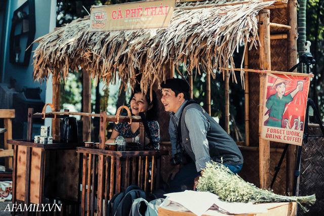Quán cà phê vỉa hè vừa bé lại cũ kỹ nhất nhì Hà Nội, tồn tại suốt gần thế kỷ với 4 đời tiếp nhận nhưng vẫn đông khách vô cùng, 1 ngày bán cả nghìn cốc - Ảnh 16.