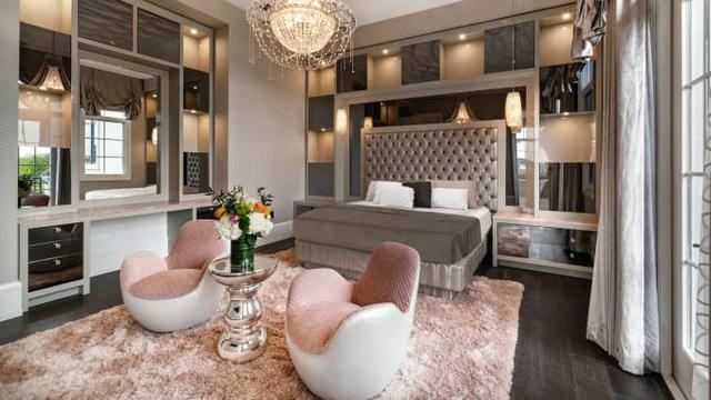 3 căn nhà triệu đô bất ngờ được rao bán giữa đại dịch - Ảnh 7.