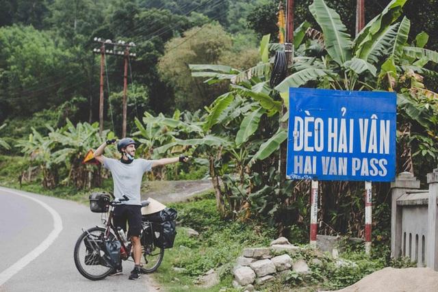 Cặp chồng Tây vợ Việt kết thúc 16.000km đạp xe từ Pháp về Việt Nam: Chặng cuối gian nan vì dịch bệnh Covid-19 - Ảnh 4.