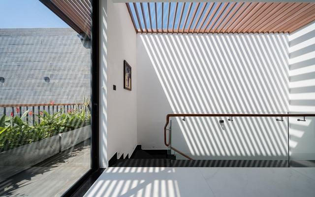 Căn biệt thự 4 tầng, rộng mênh mông ở Đà Nẵng - Ảnh 10.