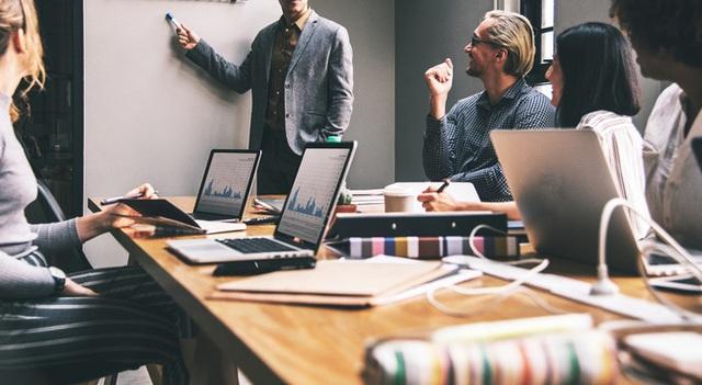 Nắm trọn triết lý công sở với 5 bài học người sếp để lại cho nhân viên trước khi nghỉ hưu - Ảnh 3.