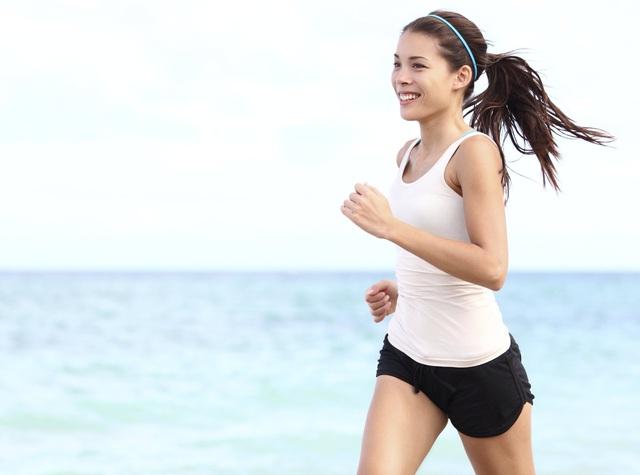 Thử bắt đầu chạy 10km mỗi sáng từ 5 giờ, tôi nhận ra, thể dục là liều thuốc thần có thể chữa trị mọi thứ - Ảnh 2.