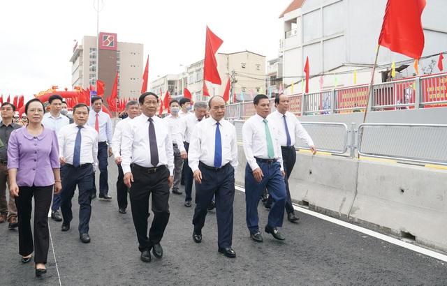 Thủ tướng dự Lễ thông xe kỹ thuật Dự án nút giao Nam Cầu Bính, Hải Phòng - Ảnh 3.