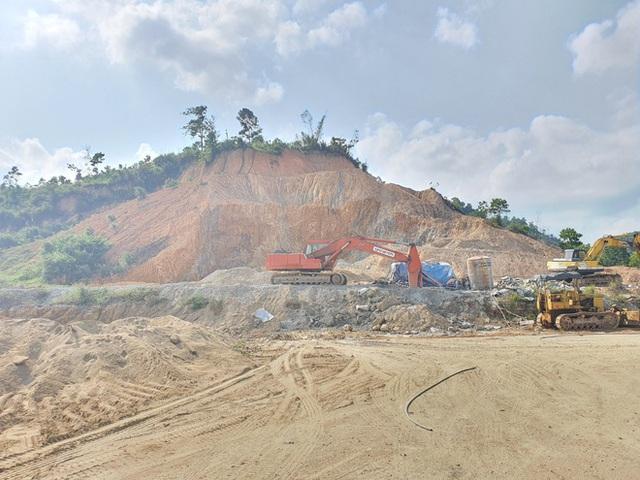 Cận cảnh tượng đài 14 tỉ đồng ở huyện nghèo miền núi Quảng Nam - Ảnh 4.