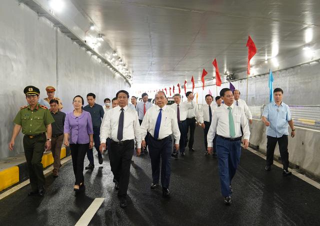 Thủ tướng dự Lễ thông xe kỹ thuật Dự án nút giao Nam Cầu Bính, Hải Phòng - Ảnh 4.
