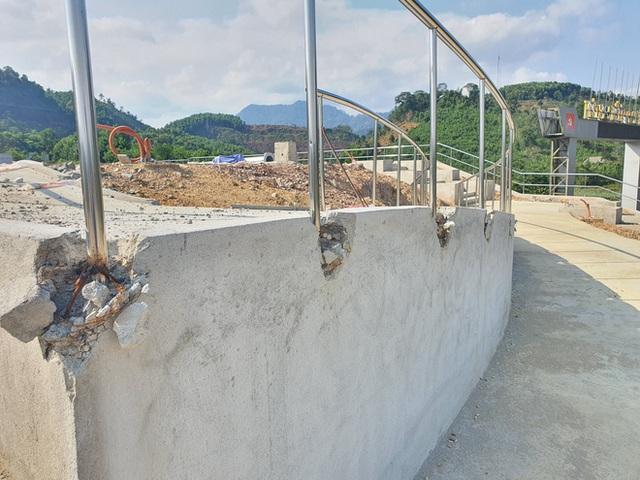Cận cảnh tượng đài 14 tỉ đồng ở huyện nghèo miền núi Quảng Nam - Ảnh 7.