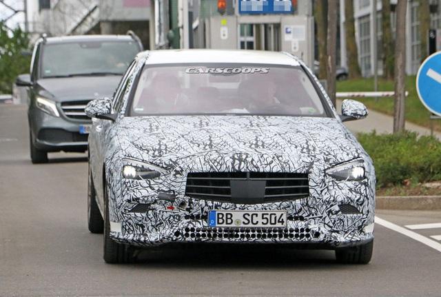 Rò rỉ những hình ảnh đầu tiên của Mercedes-Benz C-Class 2021 - Ảnh 2.