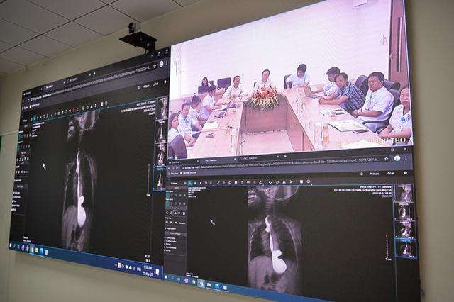 Bác sĩ tại Hà Nội phẫu thuật tim cho bệnh nhân ở Quảng Ninh nhờ công nghệ Telehealth - Ảnh 1.