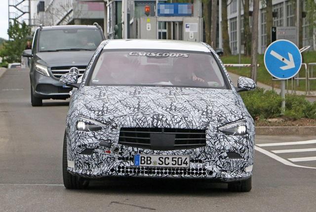 Rò rỉ những hình ảnh đầu tiên của Mercedes-Benz C-Class 2021 - Ảnh 3.