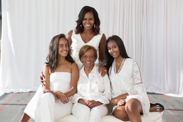 Yêu mình trước tiên - bài học dạy con gái đắt giá của vợ cựu tổng thống Mỹ khiến ai cũng muốn áp dụng ngay cho con - Ảnh 4.
