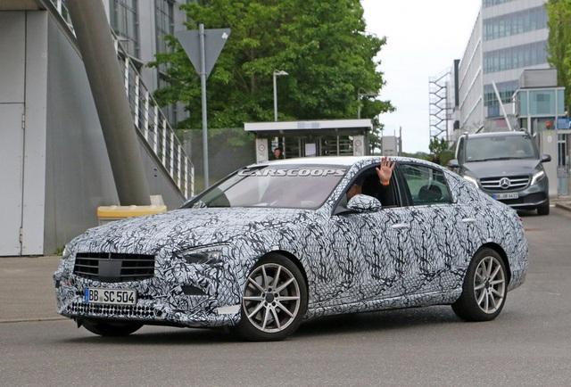 Rò rỉ những hình ảnh đầu tiên của Mercedes-Benz C-Class 2021 - Ảnh 6.