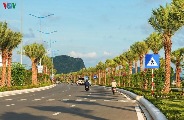 Chiêm ngưỡng tuyến đường bao biển nghìn tỷ bên vịnh Hạ Long - Ảnh 6.