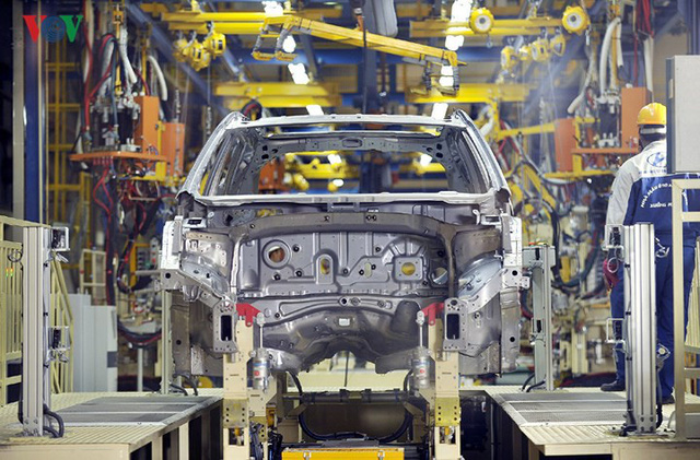 Giảm hàng loạt thuế, phí: Thị trường ô tô có khởi sắc? - Ảnh 1.