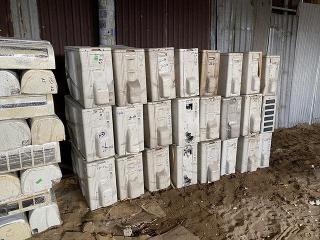 Đánh úp kho hàng điện lạnh nhập lậu quy mô lớn tại TP HCM - Ảnh 4.