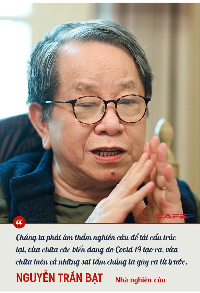 Nhà nghiên cứu Nguyễn Trần Bạt: Chúng ta sẽ thấy sự sáng tạo của nhân loại vĩ đại như thế nào khi con người tìm cách thoát ra khỏi sự chết chóc! - Ảnh 9.
