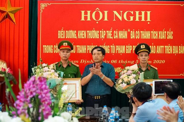 Phá đường dây sản xuất, đưa gần 1 tỷ tiền giả từ Nam Định đi 38 tỉnh, thành tiêu thụ - Ảnh 5.