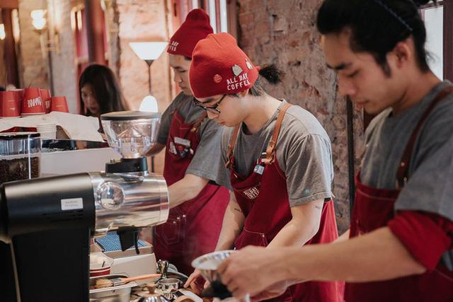 16 tuổi bán hàng online, 23 tuổi sở hữu thêm phòng game, nhà hàng, mở Xofa Café  - Ảnh 8.