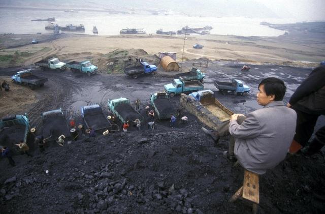 Tại sao giá xăng giảm nhưng số lượng các nhà máy nhiệt điện than ở Trung Quốc lại tăng? - Ảnh 3.