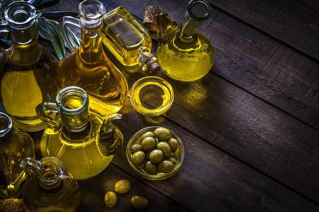 Tổng hợp những loại dầu ăn tốt cho sức khỏe và cách bảo quản, sử dụng dầu tốt cho sức khỏe - Ảnh 1.