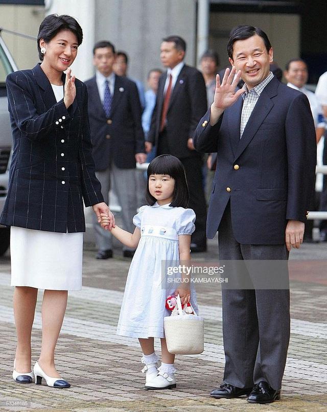 Hoàng hậu Masako - người mẹ từng vượt qua căn bệnh trầm cảm, dùng kỷ luật thép để dạy con sống như thường dân, không có đặc quyền dù là công chúa - Ảnh 13.