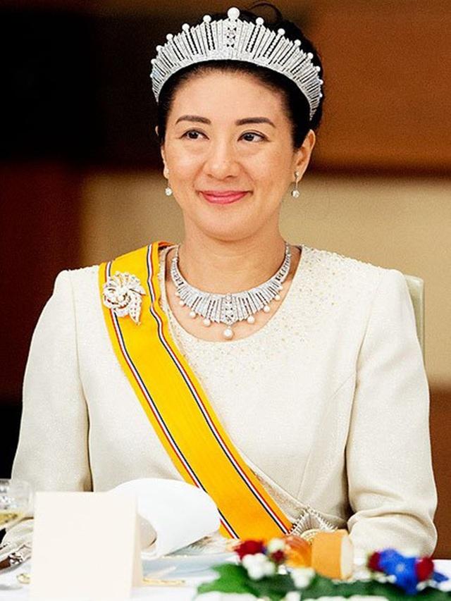 Hoàng hậu Masako - người mẹ từng vượt qua căn bệnh trầm cảm, dùng kỷ luật thép để dạy con sống như thường dân, không có đặc quyền dù là công chúa - Ảnh 3.