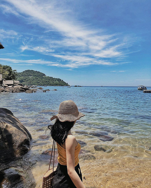 6 vùng biển lặn ngắm san hô đẹp nhất Việt Nam: Rực rỡ đến mê đắm lòng người - Ảnh 15.