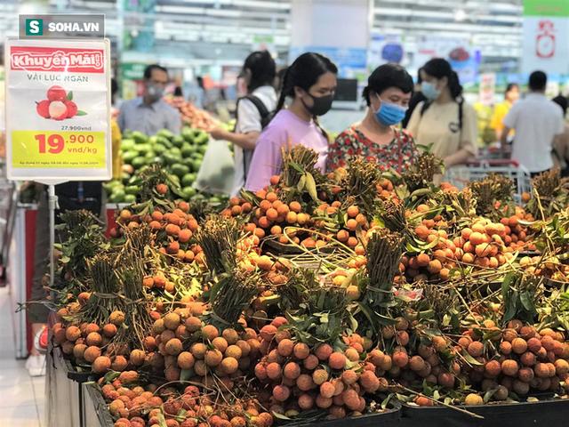 """Ma trận hoa quả hạ giá: Đi đâu mua sầu riêng, vải Lục Ngạn """"xịn"""" có giá 19.000 đồng/kg? - Ảnh 3."""