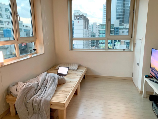 Những căn phòng tí hon chỉ 3 - 6m² nhưng chẳng thiếu thứ gì ở Hàn Quốc và Nhật Bản: Xu hướng thiết thực và được ưa chuộng của giới trẻ - Ảnh 3.