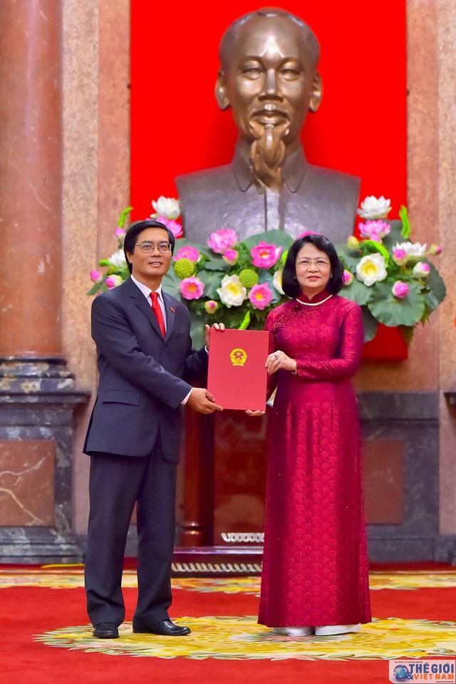 Chân dung 12 Đại sứ mới được Chủ tịch nước bổ nhiệm - Ảnh 6.