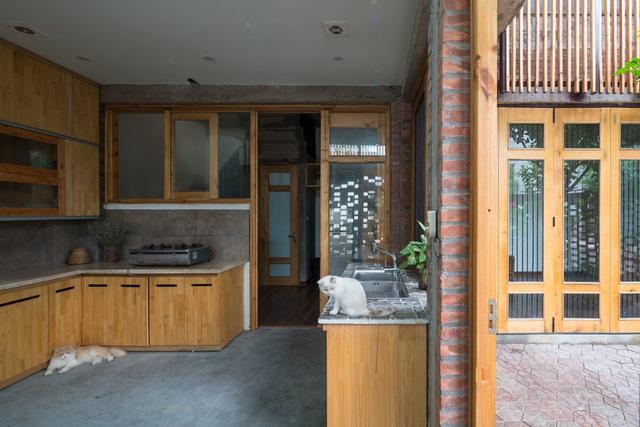 Ngôi nhà có cấu trúc mở ngập tràn ánh sáng tự nhiên - Ảnh 10.