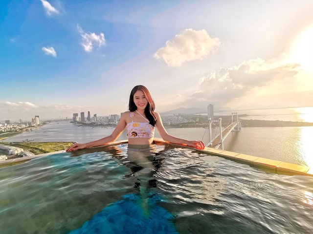Đà Nẵng: 4 khách sạn 4-5 sao có bể bơi vô cực, view biển cực đẹp chỉ có giá dưới 3 triệu/đêm - Ảnh 4.
