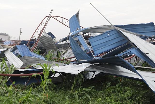 Danh tính 3 nạn nhân tử vong trong vụ lốc xoáy làm sập nhà xưởng hơn 2.000m2 ở Vĩnh Phúc - Ảnh 4.