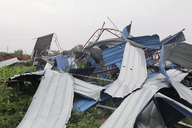 Danh tính 3 nạn nhân tử vong trong vụ lốc xoáy làm sập nhà xưởng hơn 2.000m2 ở Vĩnh Phúc - Ảnh 5.